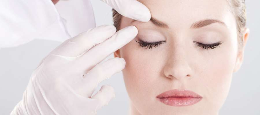 Eyelid Surgery Gets Lift from Lasers