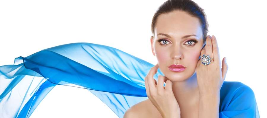 Bid Farewell to Fine Lines and Wrinkles With Botox
